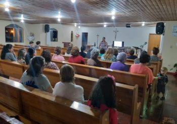 Comunidade Menino Jesus realiza palestra sobre saúde pública