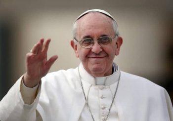 """""""Somos membros uns dos outros"""" (Ef 4,25): das comunidades de redes sociais à comunidade humana é o tema escolhido pelo Papa Francisco para o 53º Dia Mundial das Comunicações Sociais"""