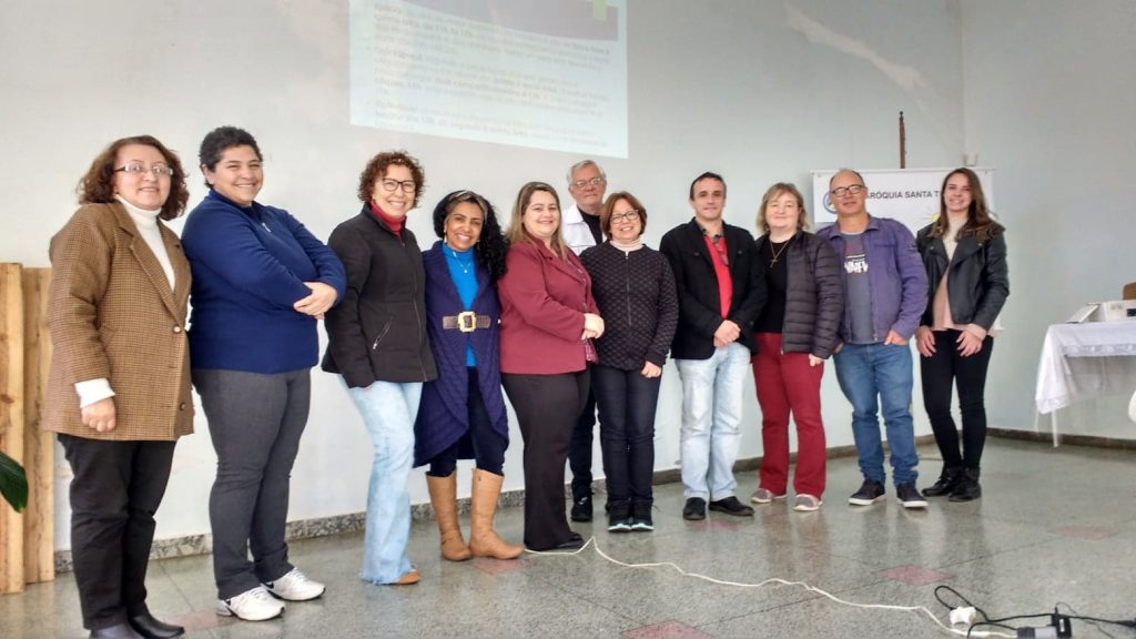 PASCOM promove encontro de formação para lideranças da paróquia Santa Terezinha