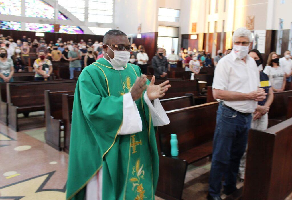 Padre missionário do Verbo Divino em nova missão