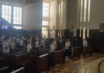 Paróquia Santa Terezinha realiza Primeira Eucaristia