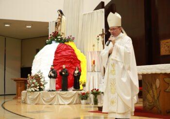 脢xito  da Festa de Santa Terezinha 茅 fruto de muita doa莽茫o, ora莽茫o e trabalho